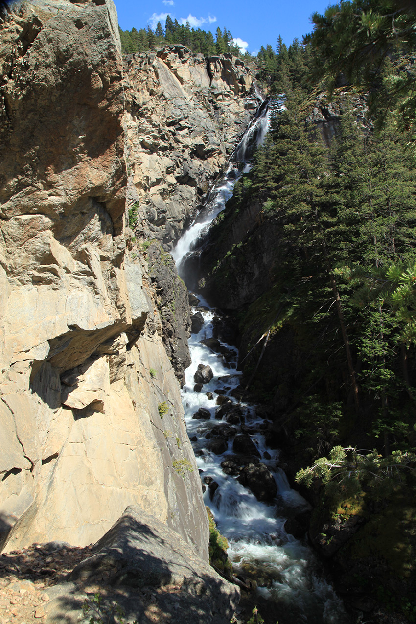 Woodbine Falls Absaroka Beartooth Wilderness Tour