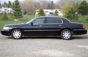 fleet-home-Total-Transportation-lincoln-Town-Car-Classic
